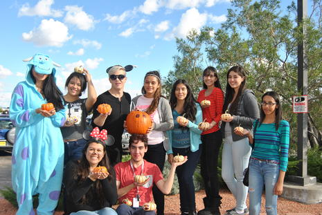 Ladera Center Senior Home Halloween Visit